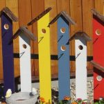 DIY Colorful Pallet Birdhouse Trellis