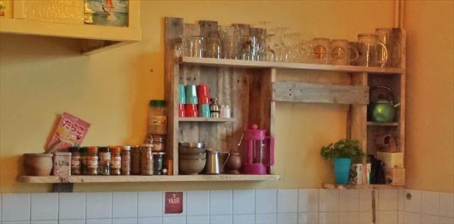 DIY Pallet Kitchen Shelf