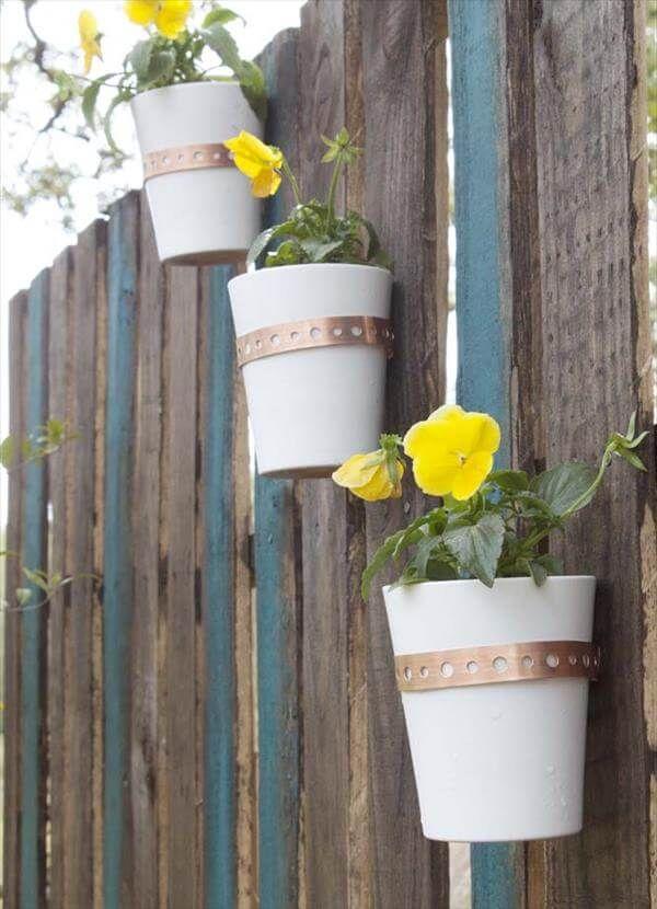 rustic pallet garden wall