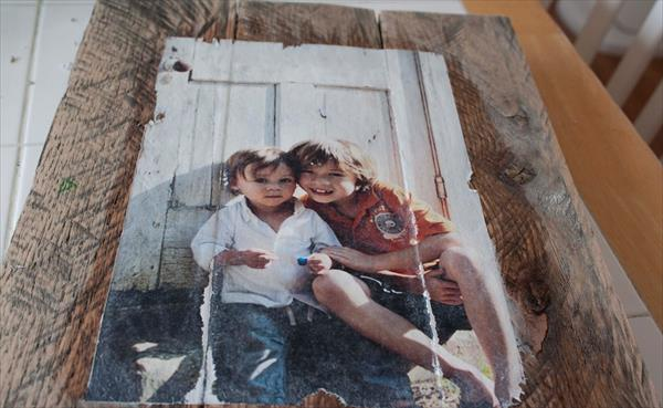 diy pallet photo mod podge transfer picture frame