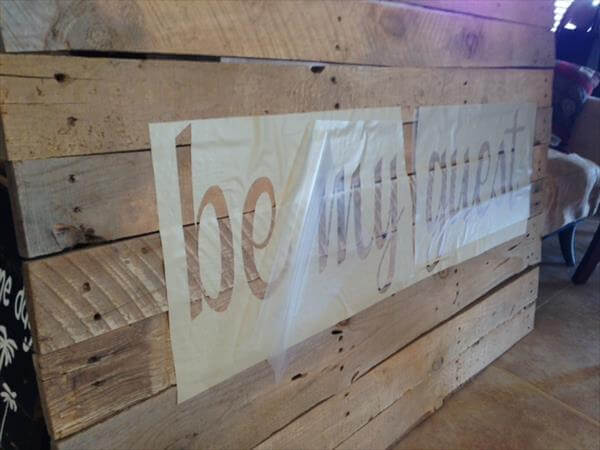 diy chic pallet wall sign