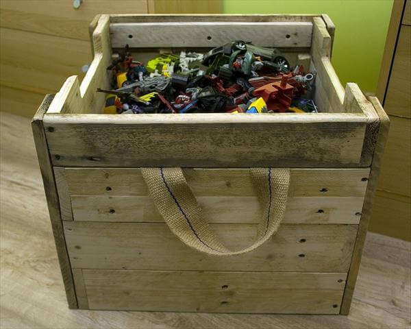 diy rustic pallet toy box and ottoman
