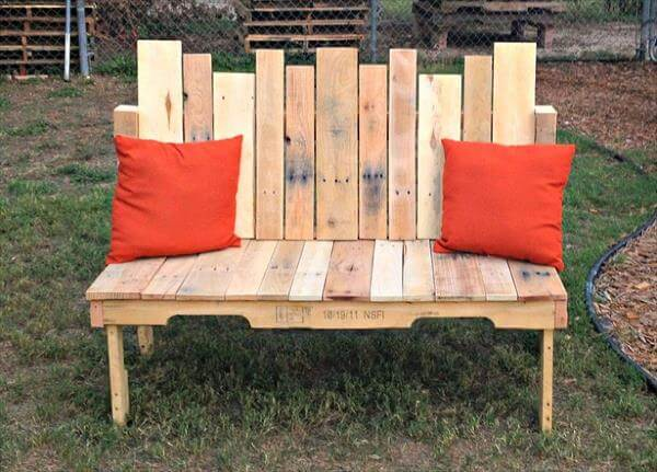 recycled pallet bench for multiple sitting