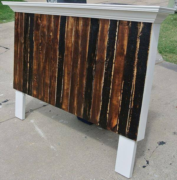 Diy recycled pallet headboard with shelf 99 pallets for Recycled headboards
