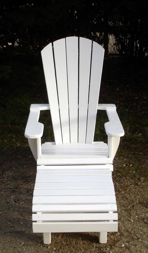 diy pallet adirondack chair with footrest