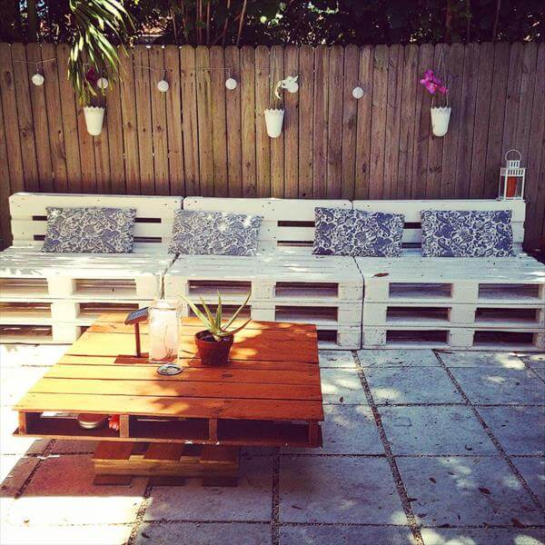 reused pallet outdoor furniture