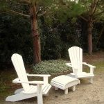 DIY Pallet Adirondack Chairs with Table