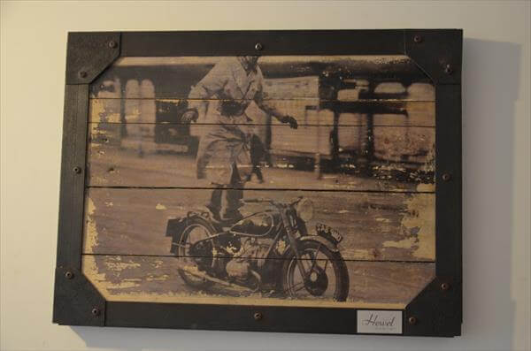repurposed pallet picture wall art