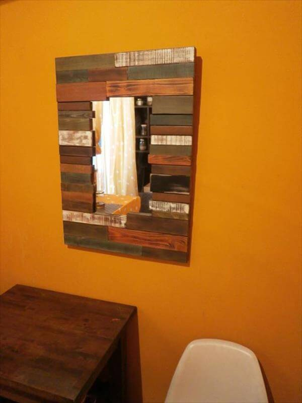 reclaimed pallet mirror