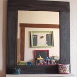 DIY Pallet Mirror and Shelf