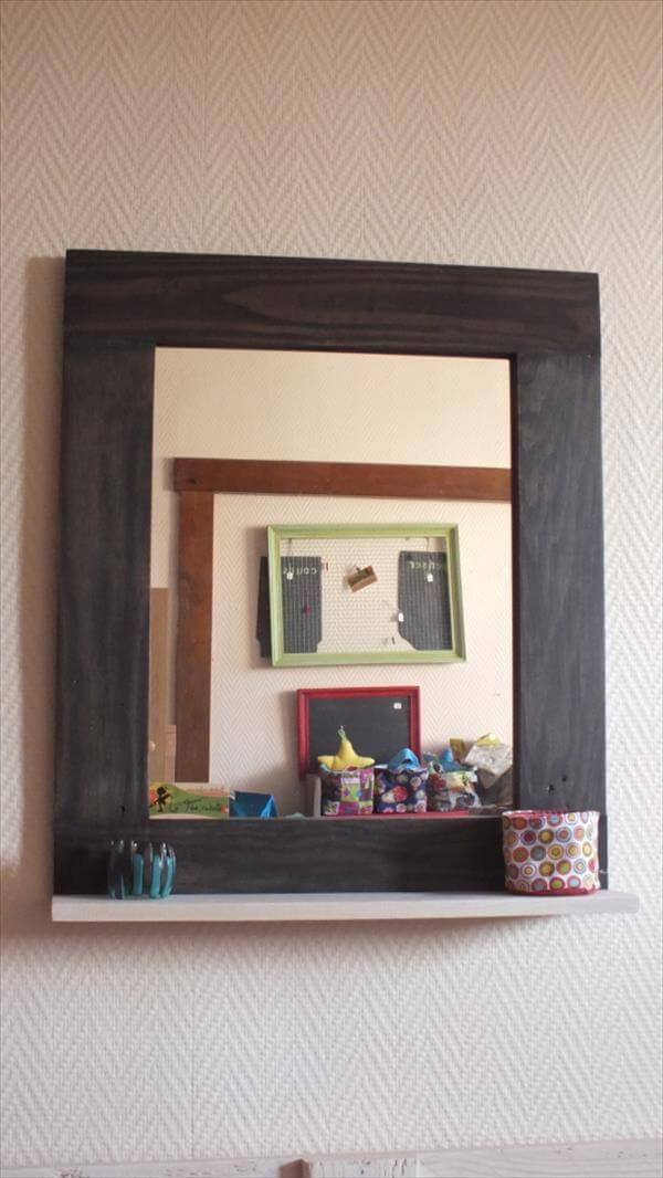 reclaimed pallet mirror and shelf