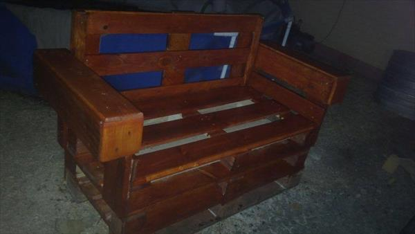 handmade pallet bench or sofa