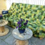DIY Pallet Outdoor Sofa with Cushion: Tutorial