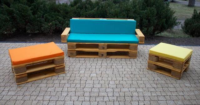 repurposed pallet cushioned patio furniture