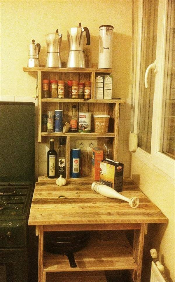 reclaimed pallet kitchen table with spice rack