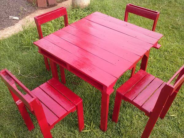 upcycled pallet outdoor furniture set
