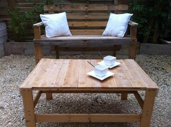 repurposed pallet patio coffee table