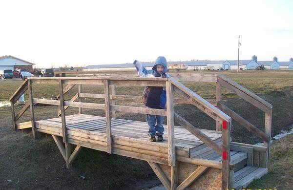 15 Upcycled Pallet Ideas And Projects 99 Pallets