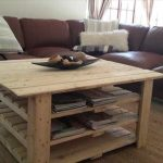 DIY Pallet Coffee Table with Magazine Rack