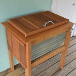 DIY Rustic Pallet Wood Outdoor Cooler