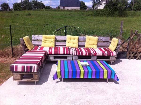 handmade pallet patio sitting furniture set