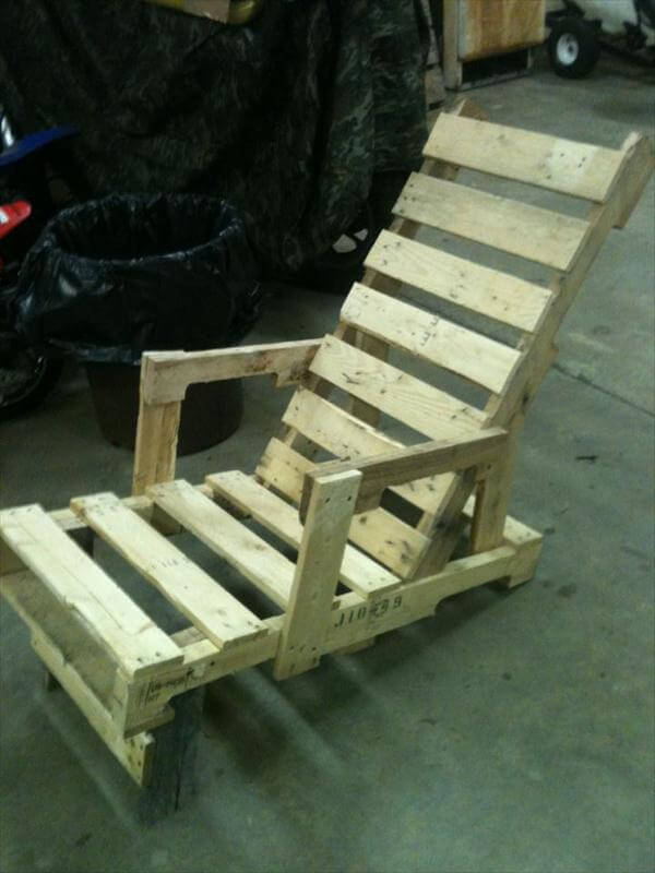 Diy Recycled Pallet Adorable Chair Ideas 99 Pallets