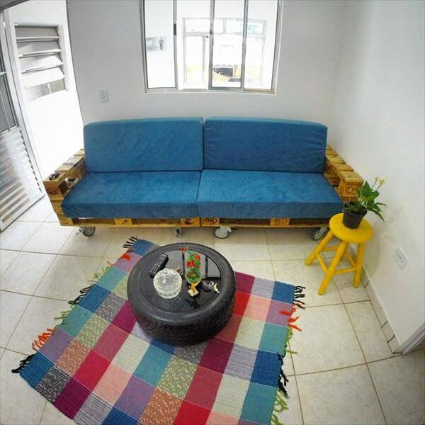 reclaimed pallet rolling cushioned sofa