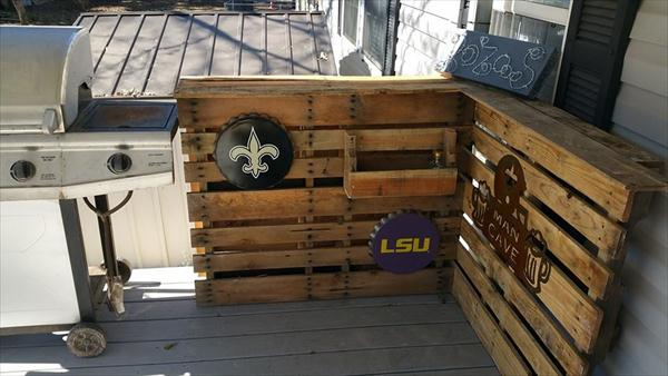 upcycled pallet sectional storage unit with mantles