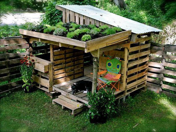 the plans of outdoor DIY pallet kid's playhouses , pallet outdoor ...