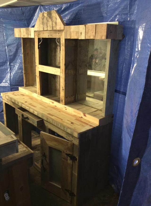 Diy Recycled Pallet Wood Bar Table 99 Pallets