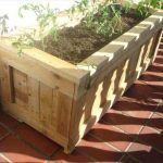 DIY Upcycled Pallet Planter
