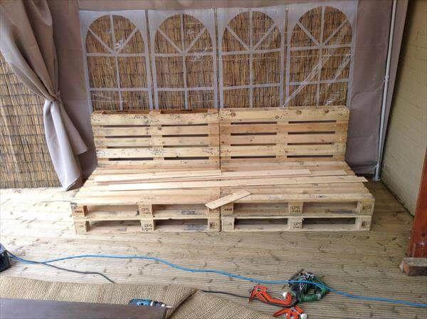 Diy Reclaimed Pallet Bench Outdoor Ideas 99 Pallets