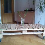 DIY Pallet Coffee Table with Storage and Casters