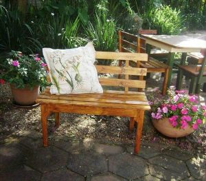 handcrafted outdoor pallet bench
