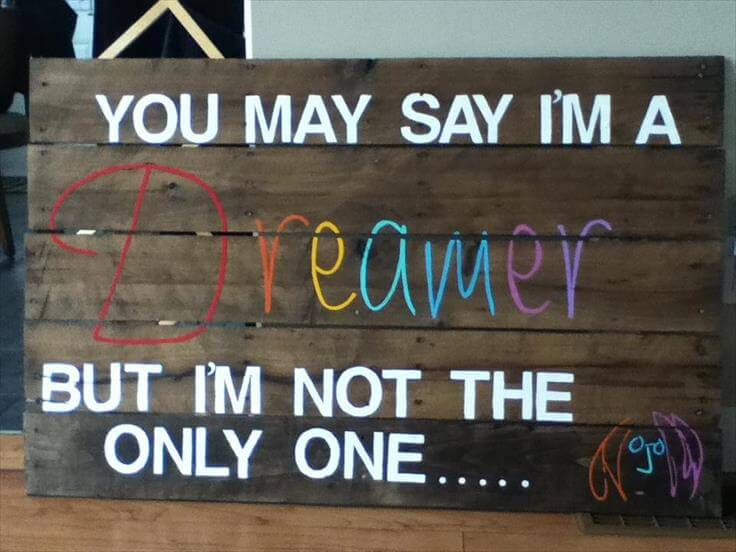 15 DIY Pallet Signs and Wall Art Ideas | 99 Pallets
