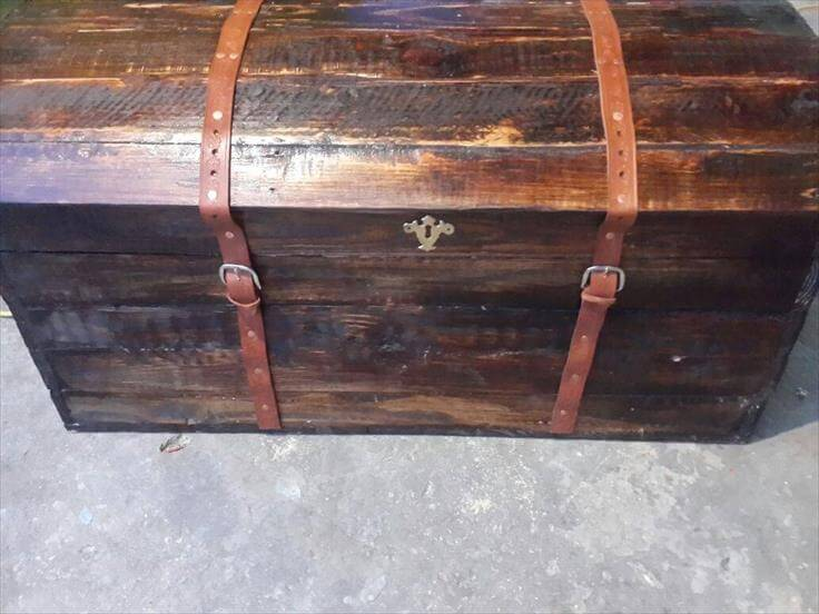 recycled pallet treasure chest