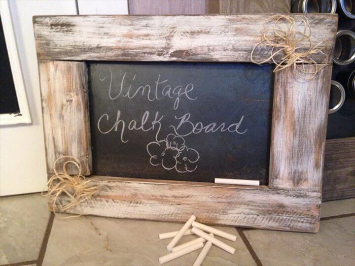 upcycled pallet chalk board