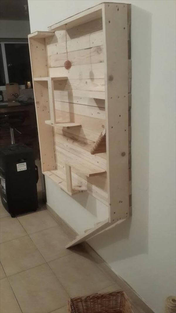 Cat House Made From Pallets