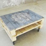 DIY Pallet Coffee Table with Painted Top