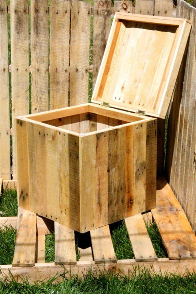 repurposed pallet wood storage bin