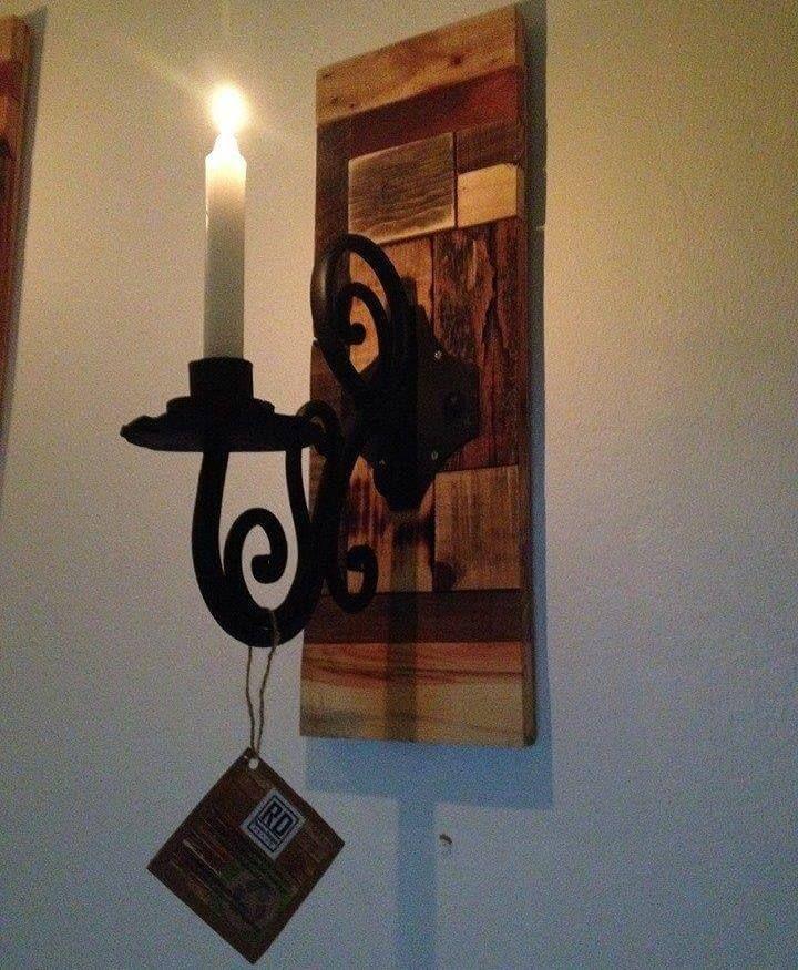 diy reclaimed pallet vintage inspired wall candler holder