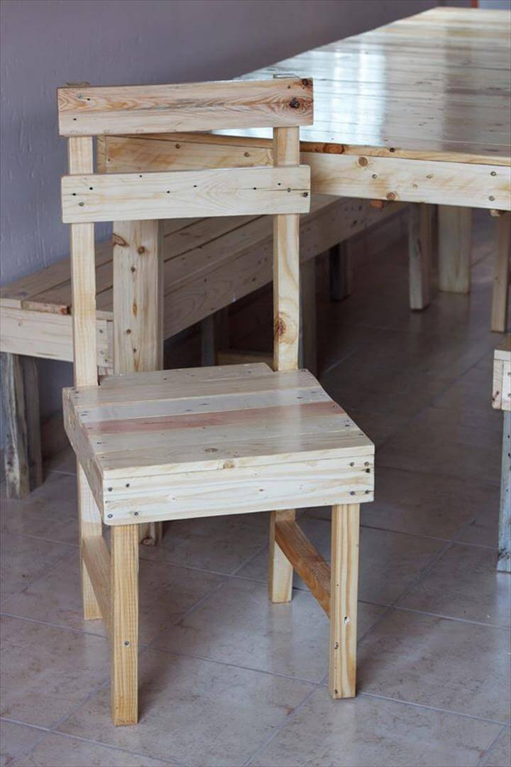 recycled pallet dining chair