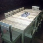 DIY Repurposed Pallet Dining Furniture Set