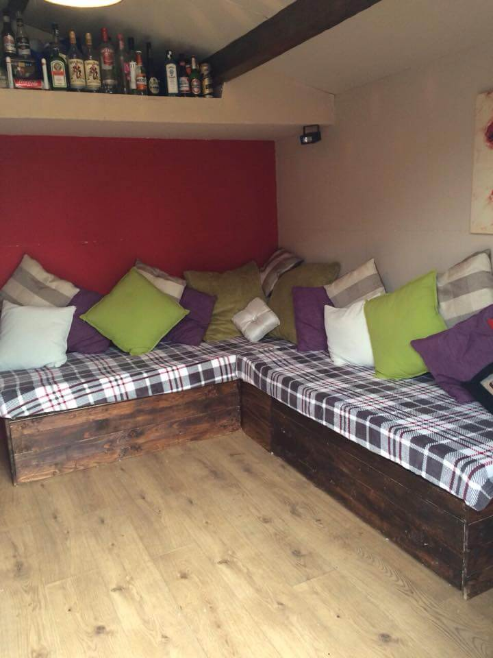 recycled pallet corner sofa with storage