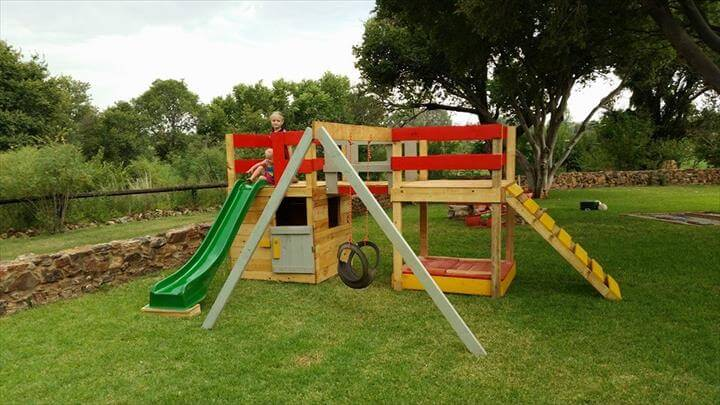 repurposed pallet jungle gym
