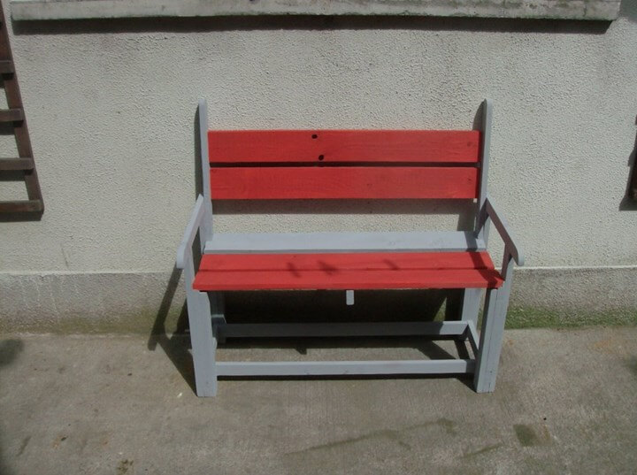 High Quality Upcycled Pallet Colorful Kids Bench