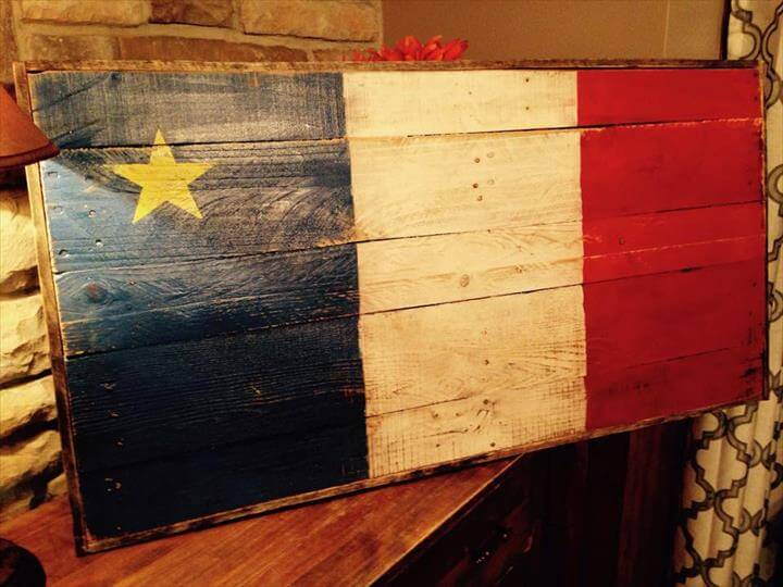 DIY Wooden Pallet American Flag Wall Sign