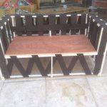 DIY Reclaimed Metal and Pallet Sofa