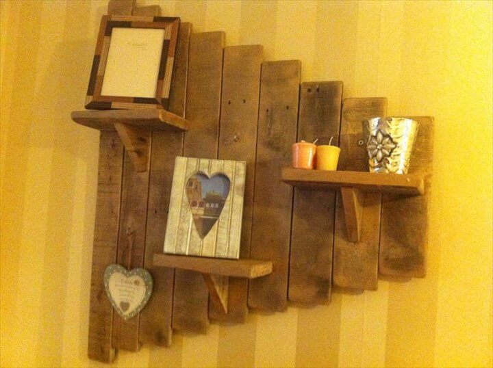 reclaimed pallet decorative wall shelves