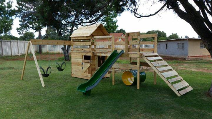 Diy reclaimed pallet jungle gym pallet playhouse 99 for Wooden jungle gym plans